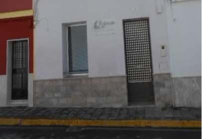 Chalet pareado en calle Niebla